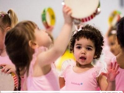 رقص کودک